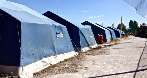 """Migranti. Blitz nei centri di accoglienza messinesi: """"Tendopoli all'Annunziata, che vergogna!"""""""
