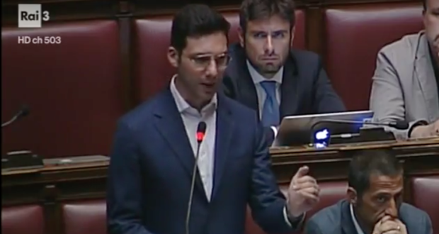 "Elezioni, D'Uva (M5S): ""Renzi in difficoltà su impresentabili"""