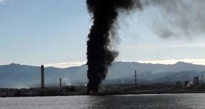 Fiamme raffineria Milazzo, M5S: Situazione preoccupante, basta con inquinamento