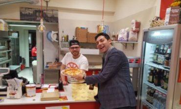Grazie al microcredito M5S Ivan ha acquistato attrezzatura pizzeria